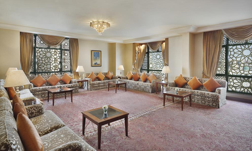 Madinah Hilton Hotel-24 of 43 photos