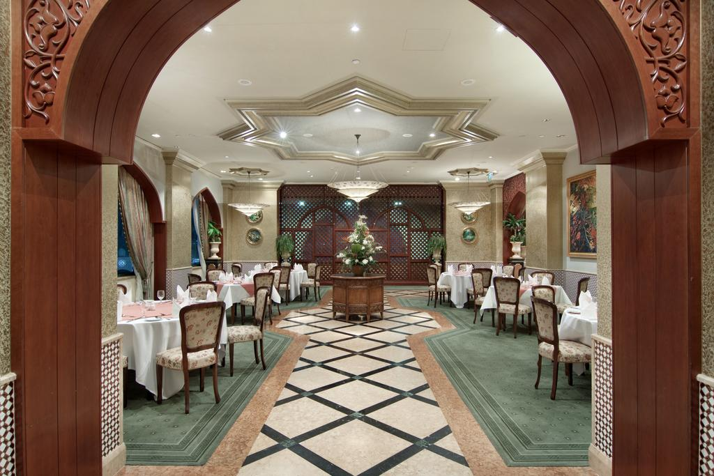 Madinah Hilton Hotel-39 of 43 photos
