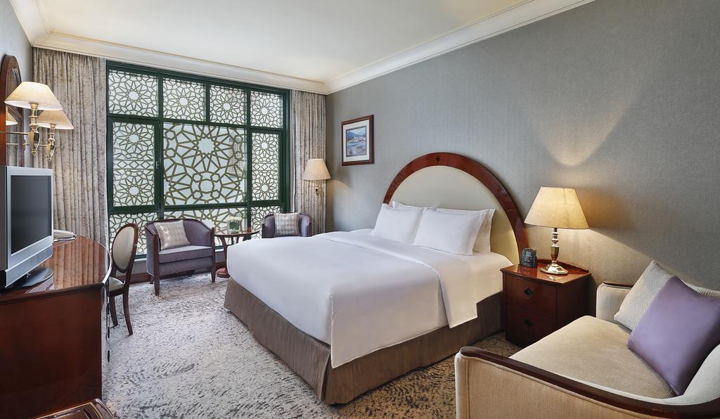Madinah Hilton Hotel-13 of 43 photos