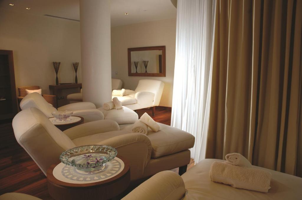 Four Seasons Hotel Alexandria At San Stefano-16 of 39 photos