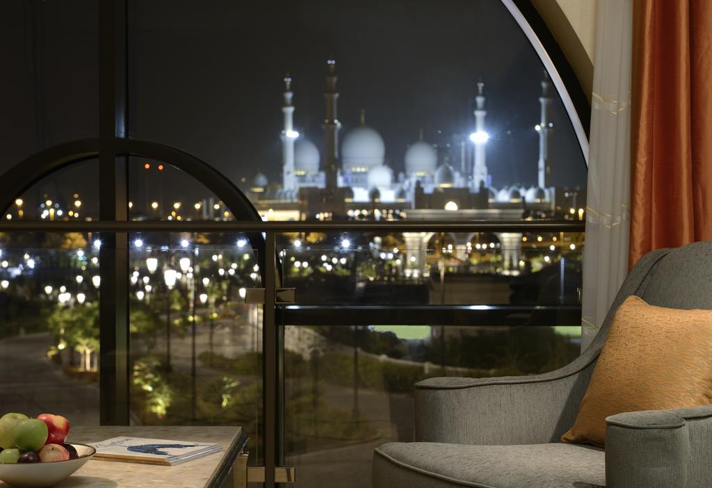 فندق ريتز كارلتون أبو ظبي، القناة الكبرى-20 من 42 الصور