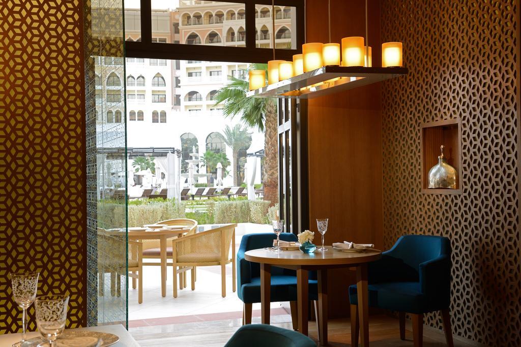 فندق ريتز كارلتون أبو ظبي، القناة الكبرى-36 من 42 الصور