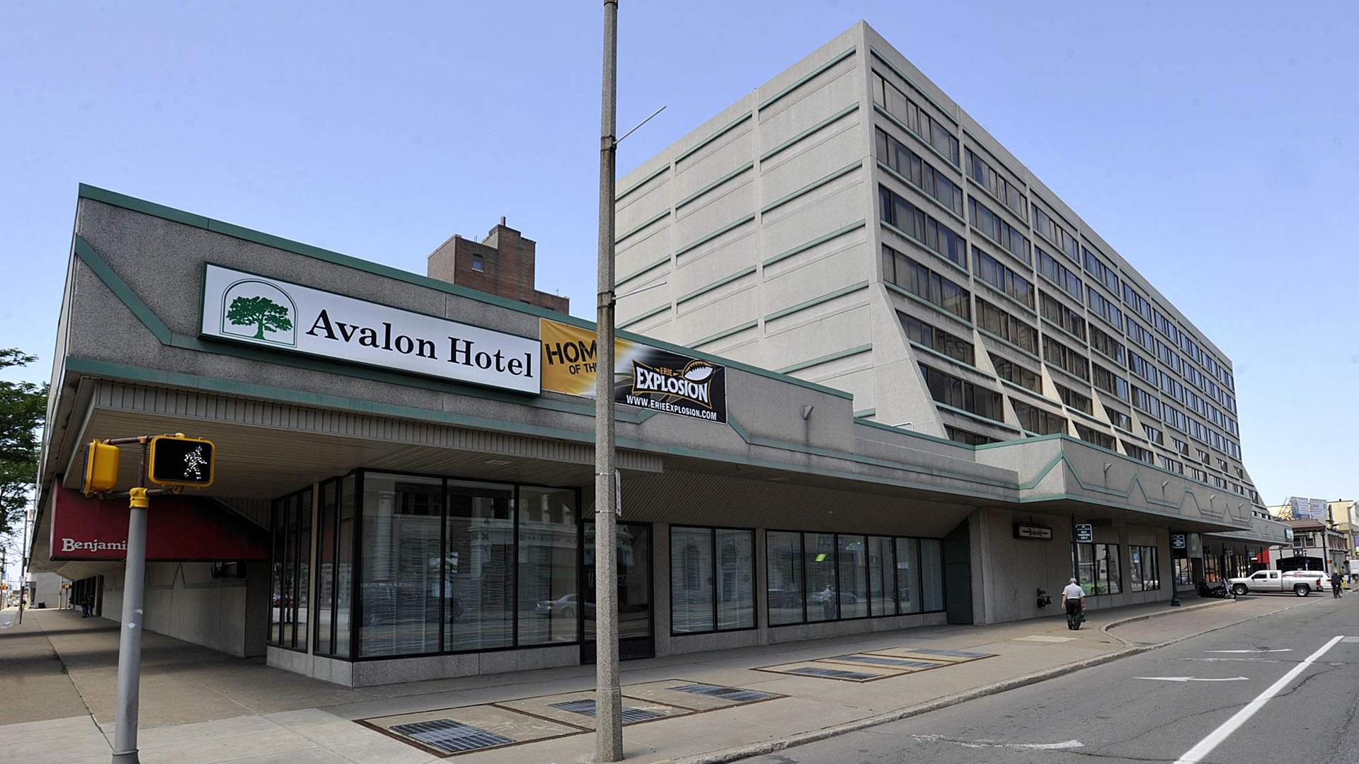 Book The Avalon Hotel and Conference Center with tajawal
