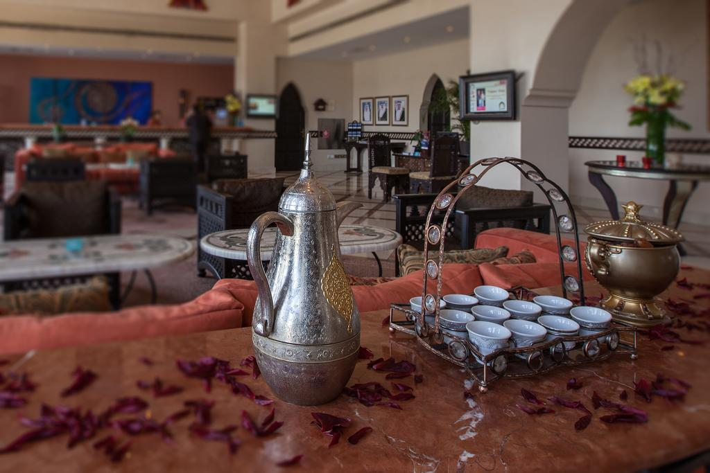 Mercure Grand Hotel Seef / All Suites-22 of 37 photos