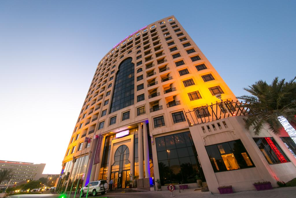 Mercure Grand Hotel Seef / All Suites-3 of 37 photos