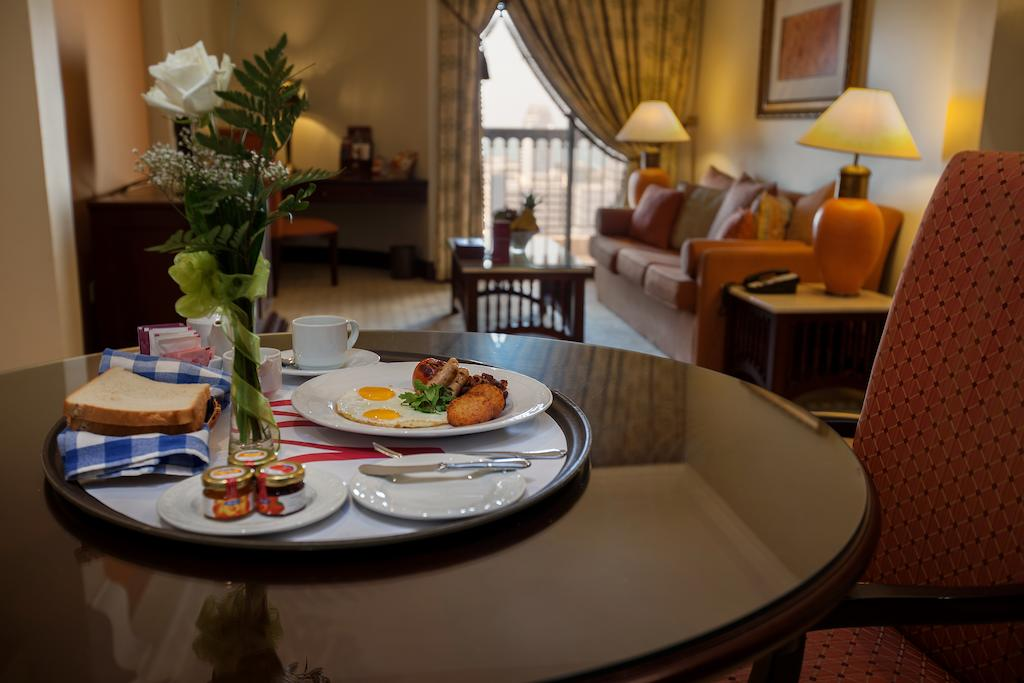 Mercure Grand Hotel Seef / All Suites-6 of 37 photos