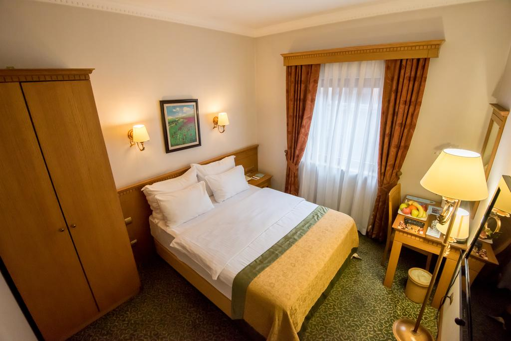 Usta Park Hotel-3 of 28 photos