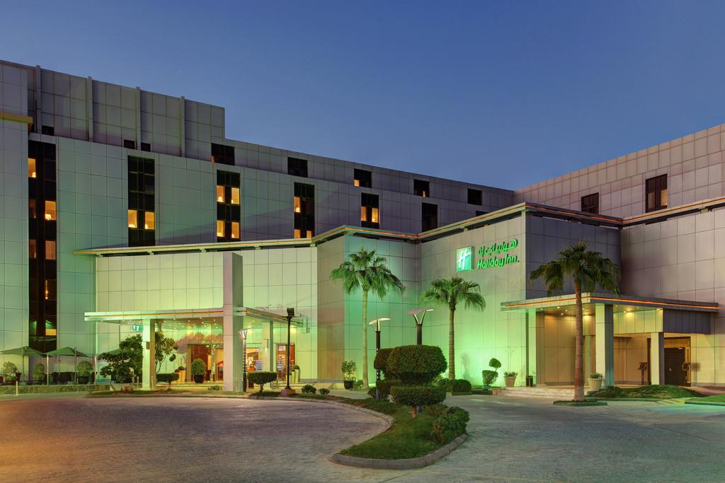 Holiday Inn Riyadh Al Qasr-1 of 43 photos