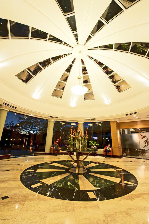 فلامنجو هوتل باي ذا ليك-15 من 22 الصور