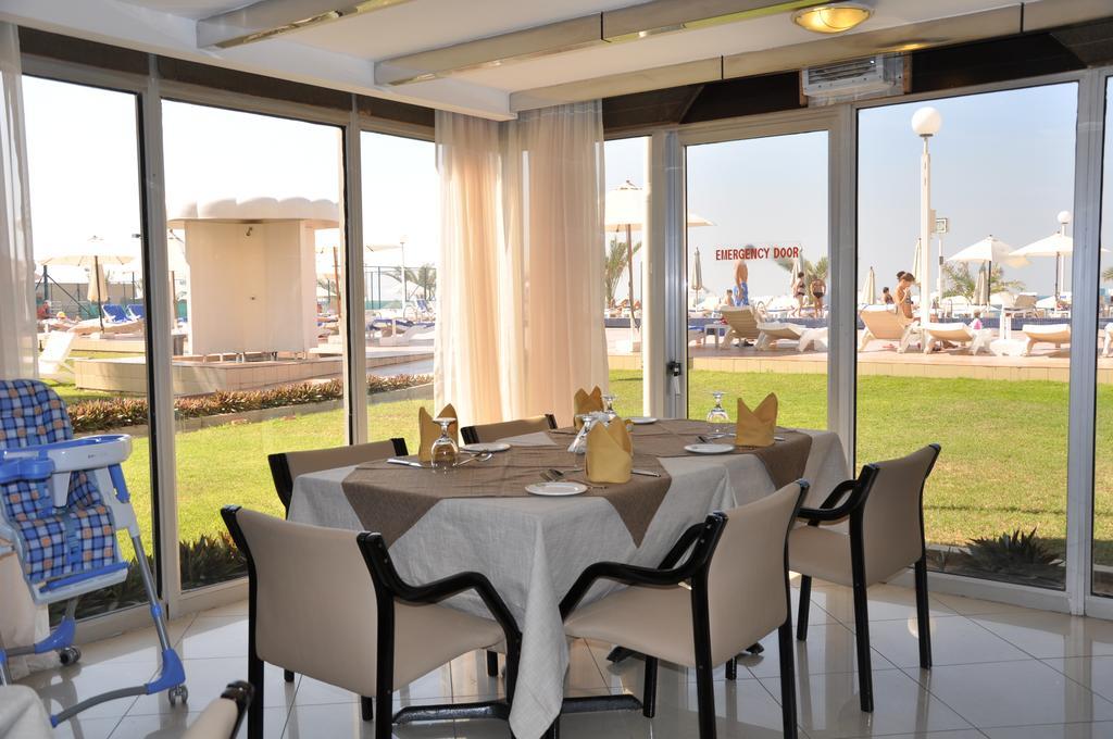 Sharjah Carlton Hotel-2 of 46 photos