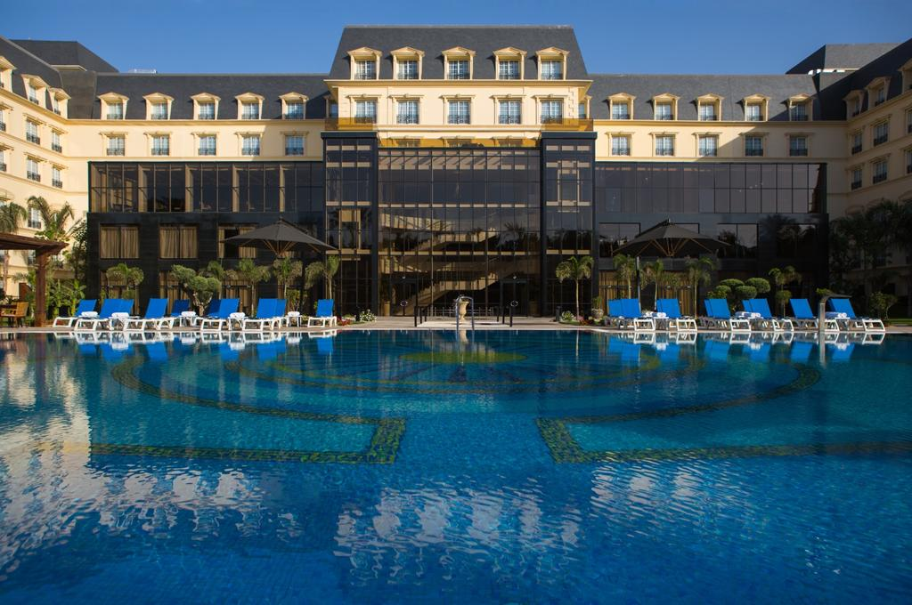 Book Cataract Pyramids Resort With Tajawal Prices Start From Aed 63 Aed