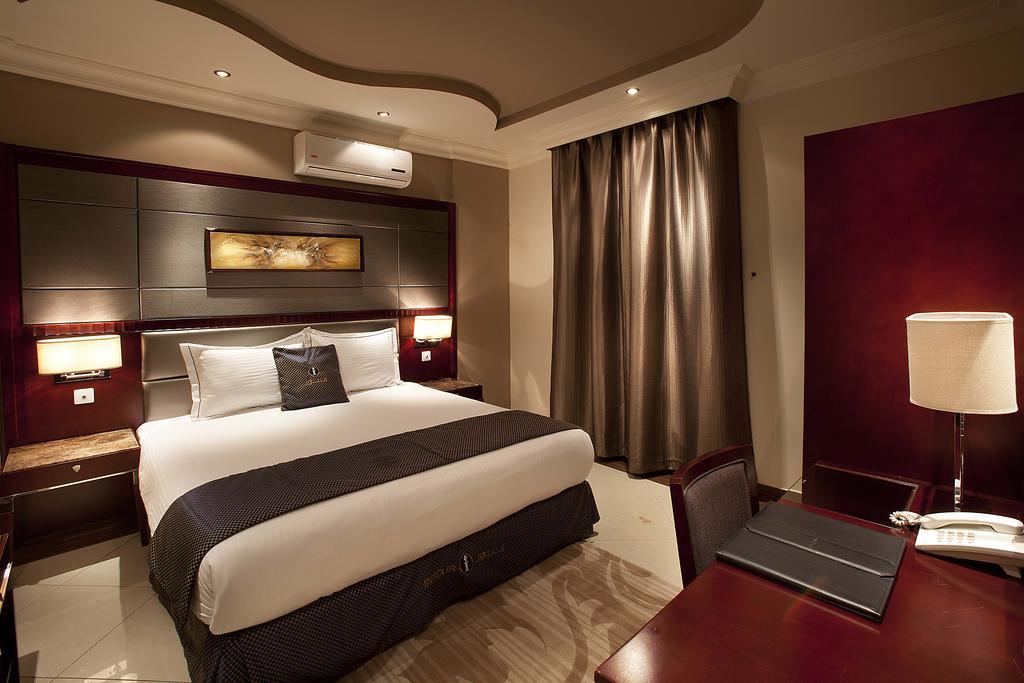 انتور الحمراء للاجنحة الفندقية-3 من 27 الصور