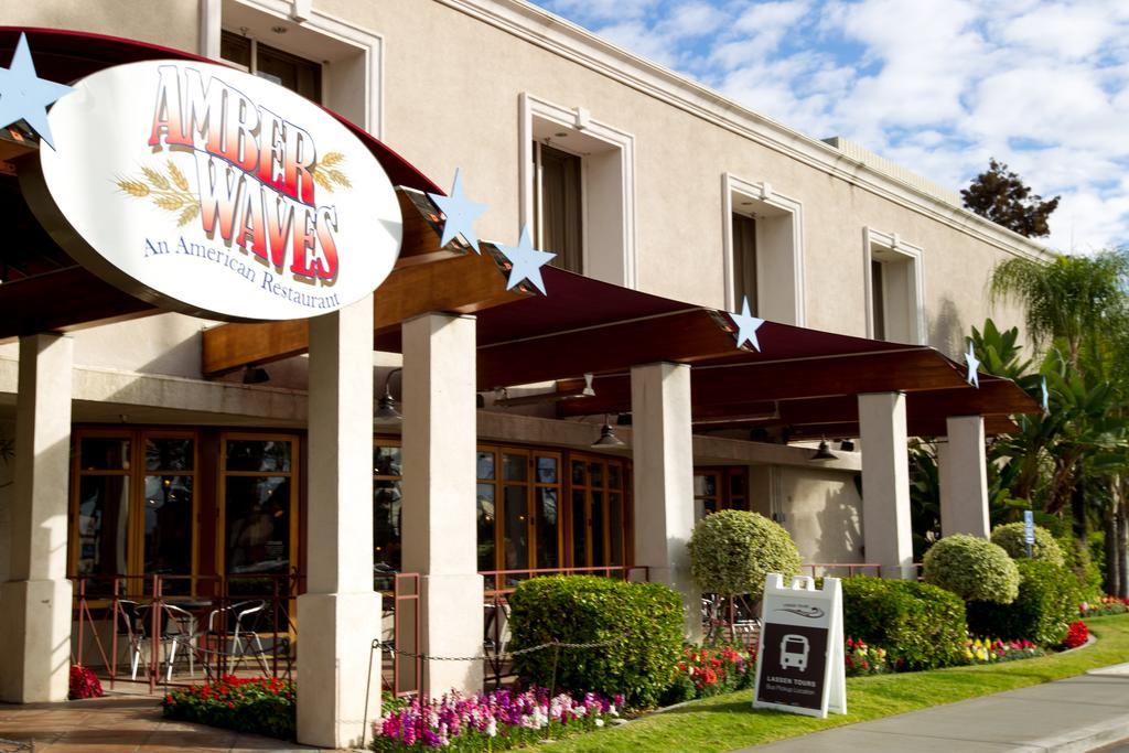 Knott's Berry Farm Hotel-12 of 27 photos