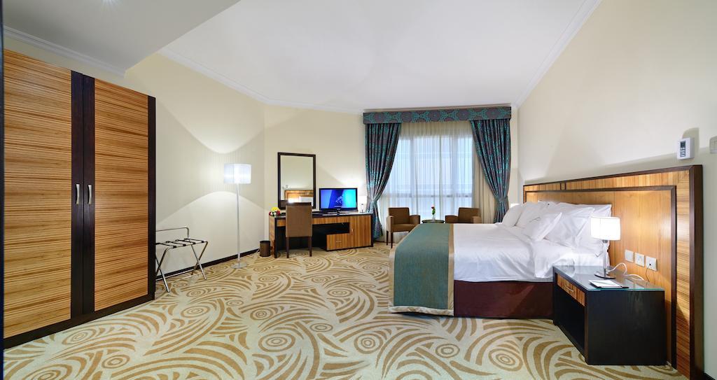 Al Majaz Premiere Hotel Apartments-10 of 43 photos