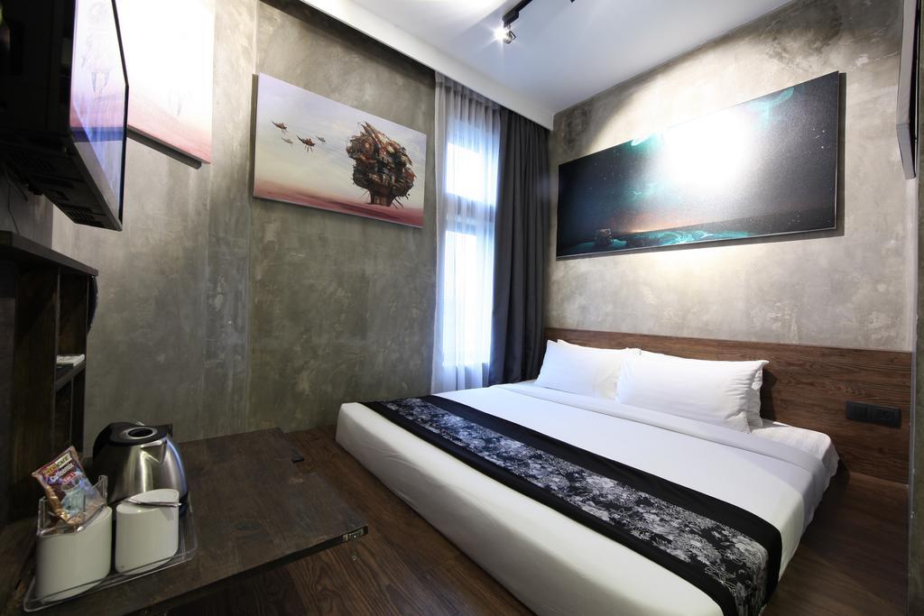 فندق ذا هولو + جاليري-10 من 45 الصور