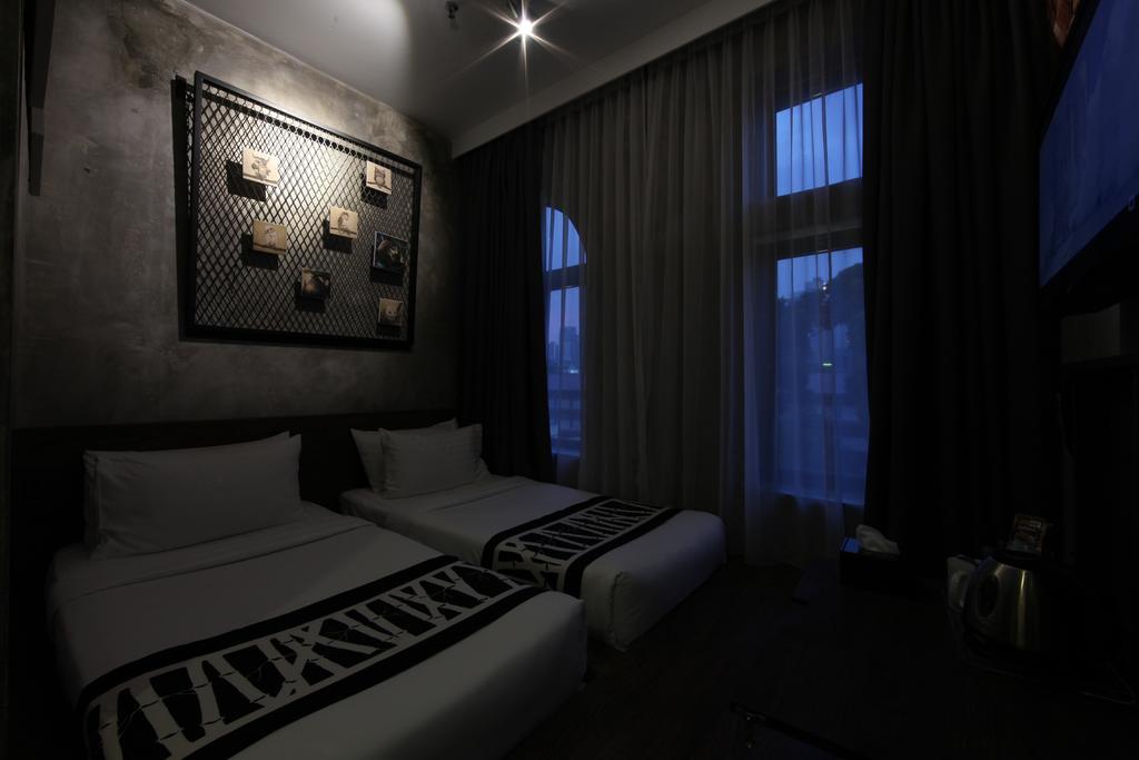 فندق ذا هولو + جاليري-11 من 45 الصور