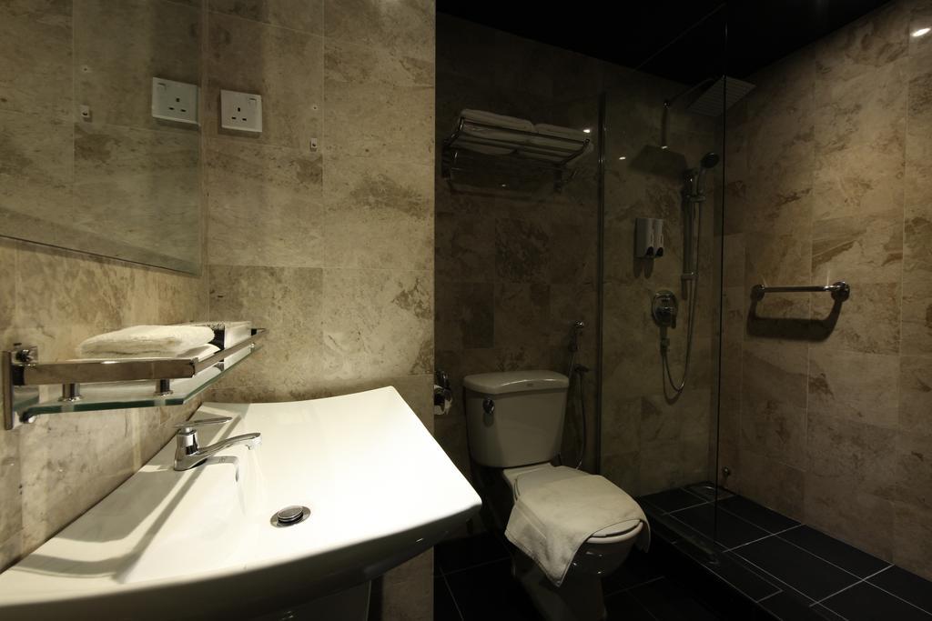 فندق ذا هولو + جاليري-16 من 45 الصور