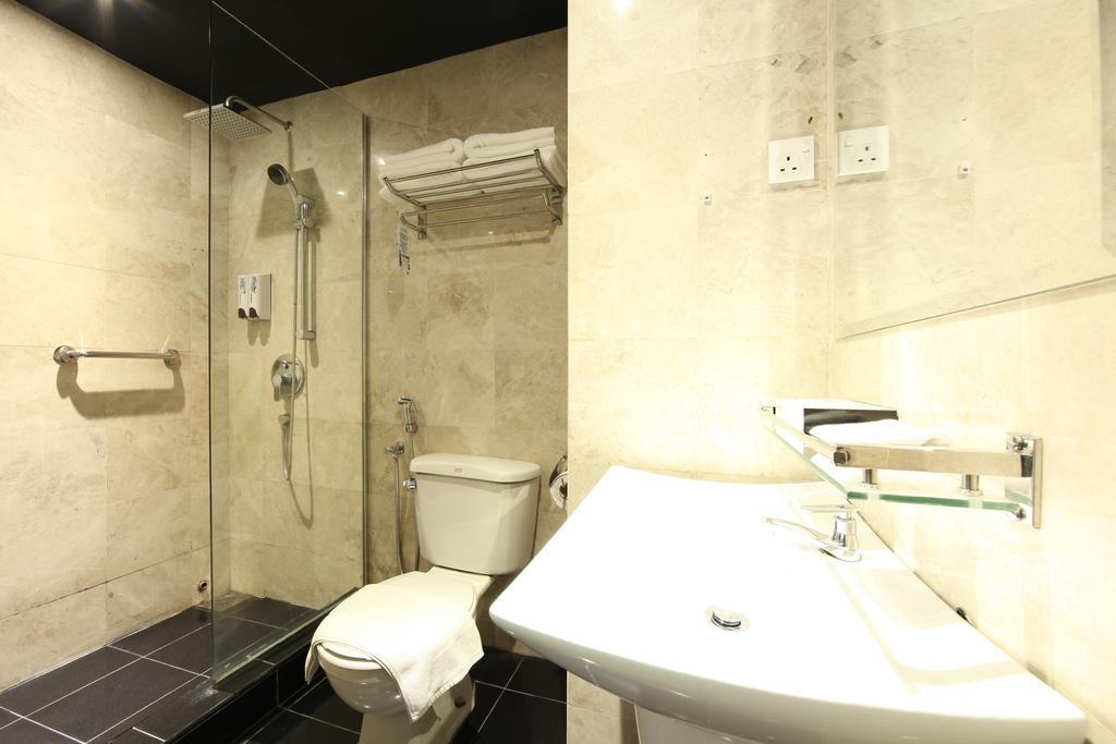 فندق ذا هولو + جاليري-21 من 45 الصور