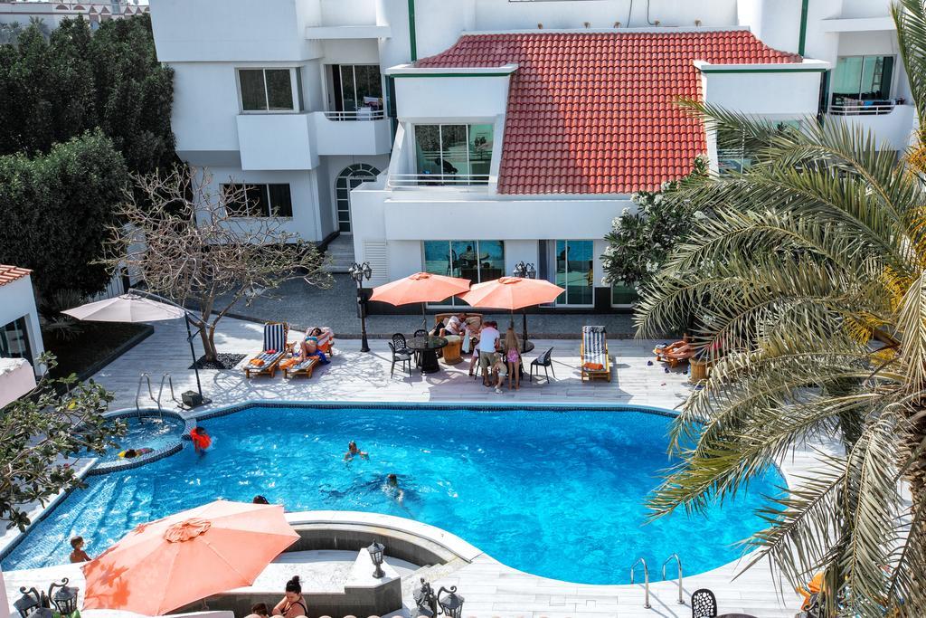 Al Khalidiah Resort-1 of 35 photos