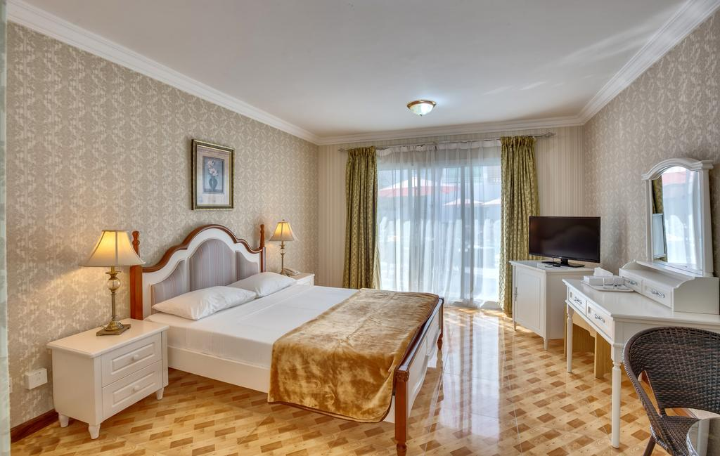 Al Khalidiah Resort-23 of 35 photos