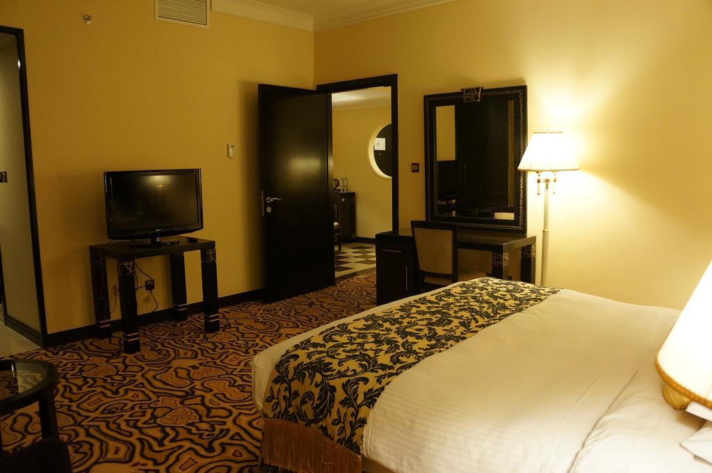 Sharjah Palace Hotel-36 of 45 photos