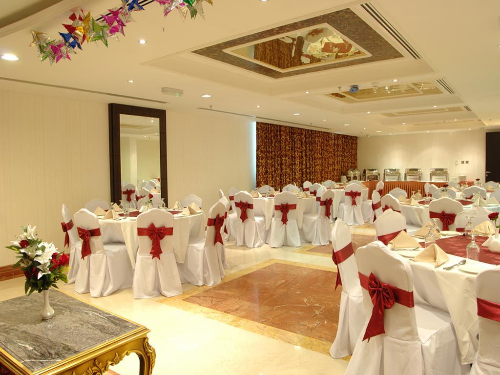 Sharjah Palace Hotel-10 of 45 photos