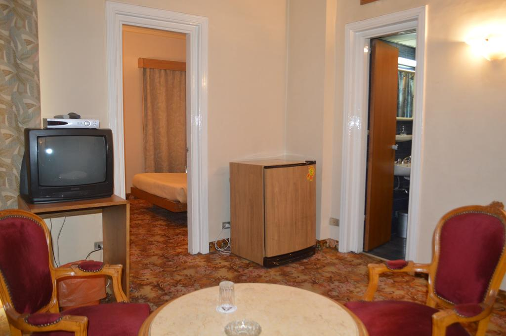 Hotel Delta-25 of 47 photos