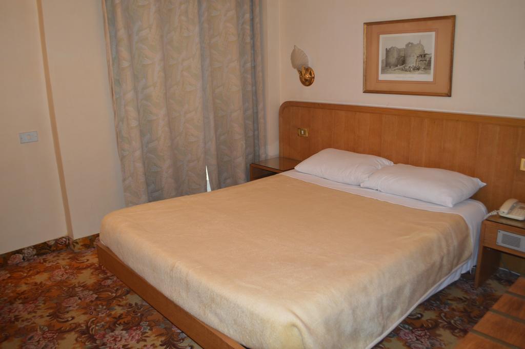 Hotel Delta-44 of 47 photos