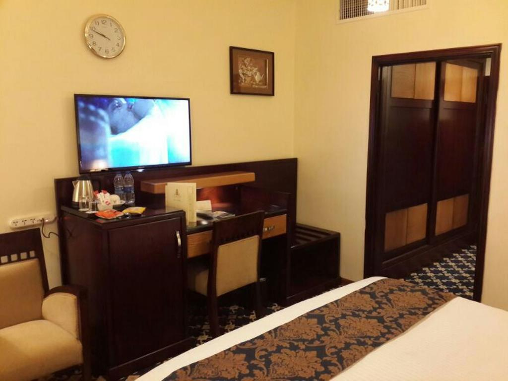 Al Thuraya Hotel-9 of 46 photos