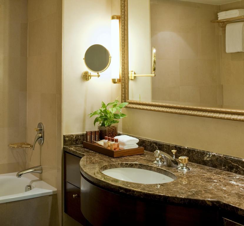 Sheraton Amman Al-Nabil Hotel-20 of 46 photos