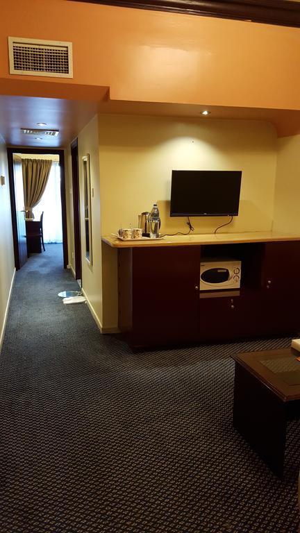 Al Bustan Hotel Flats-9 of 30 photos
