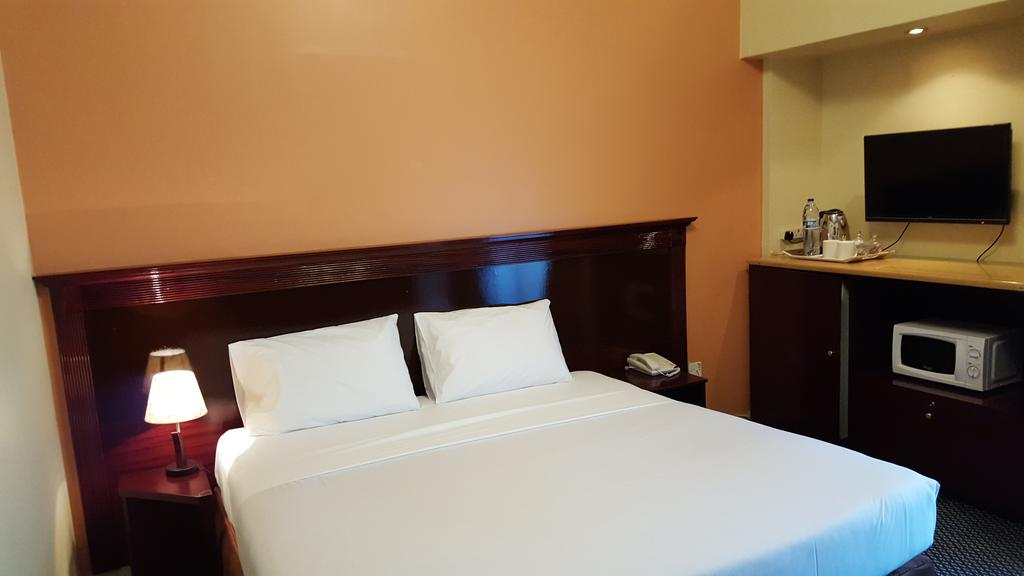 Al Bustan Hotel Flats-22 of 30 photos