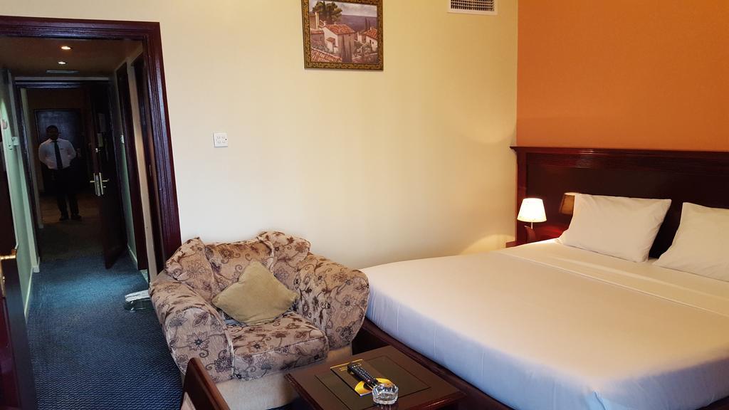 Al Bustan Hotel Flats-23 of 30 photos