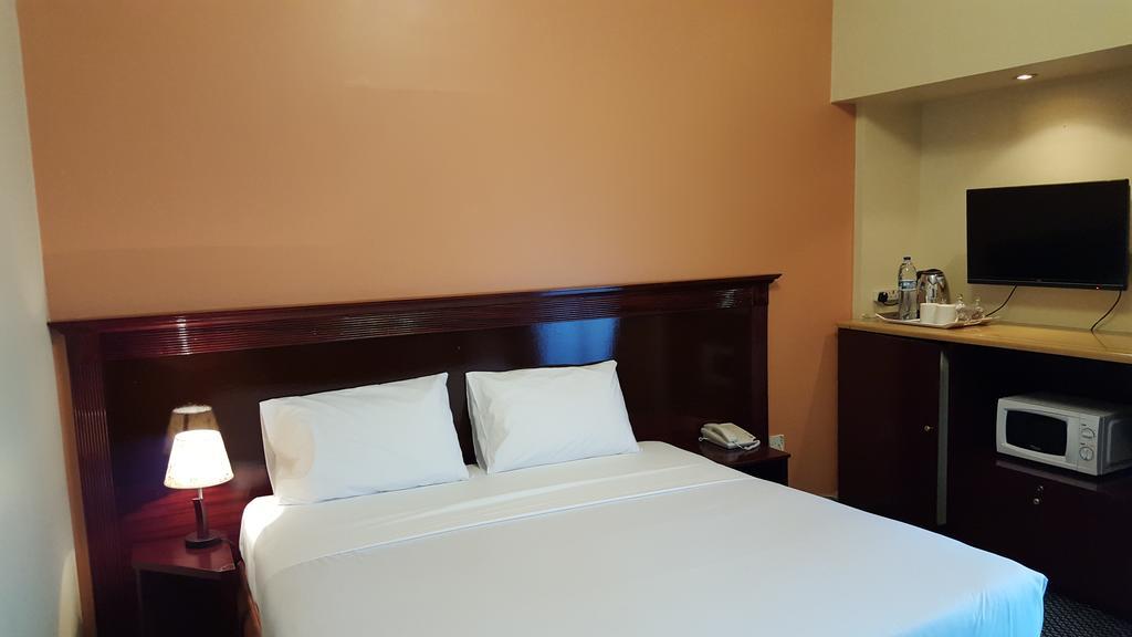 Al Bustan Hotel Flats-24 of 30 photos
