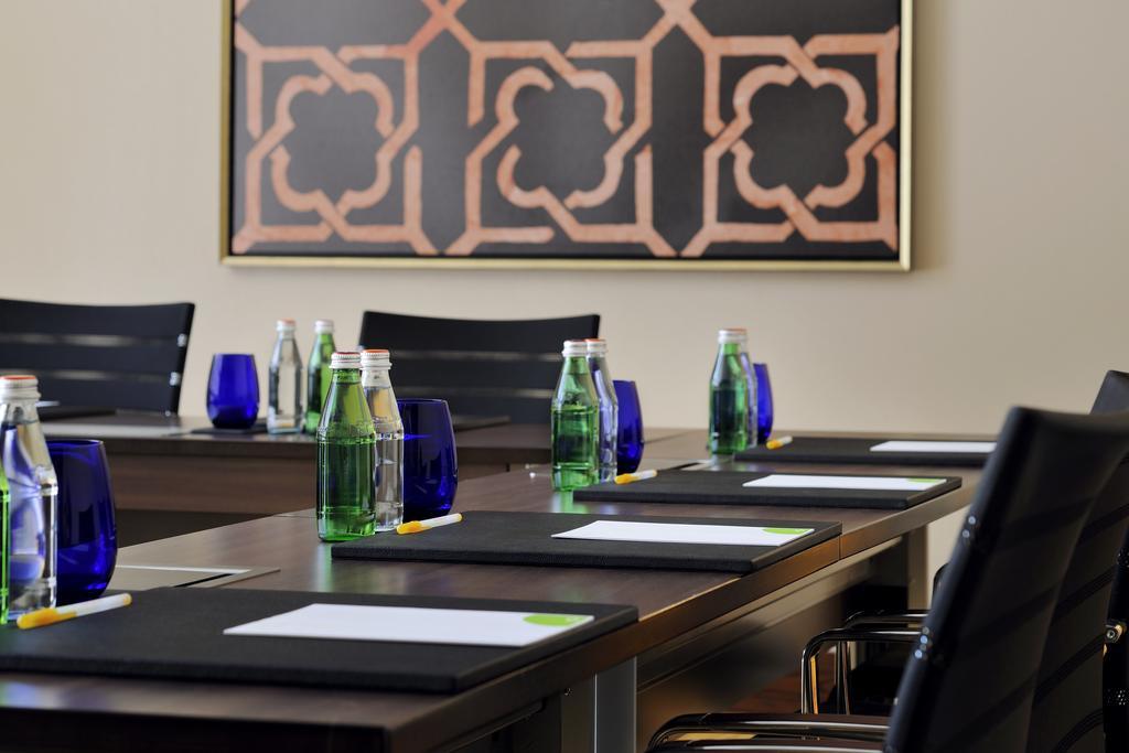 كورت يارد باي ماريوت في مركز أبوظبي التجاري العالمي-26 من 39 الصور