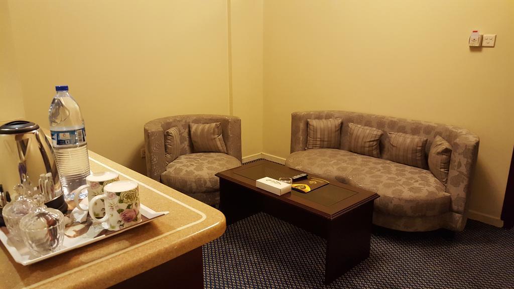 Al Bustan Hotel-11 of 24 photos