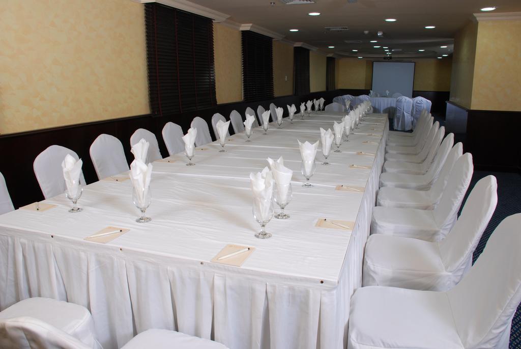 Al Bustan Hotel-16 of 24 photos