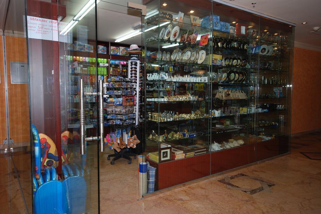 Al Bustan Hotel-3 of 24 photos
