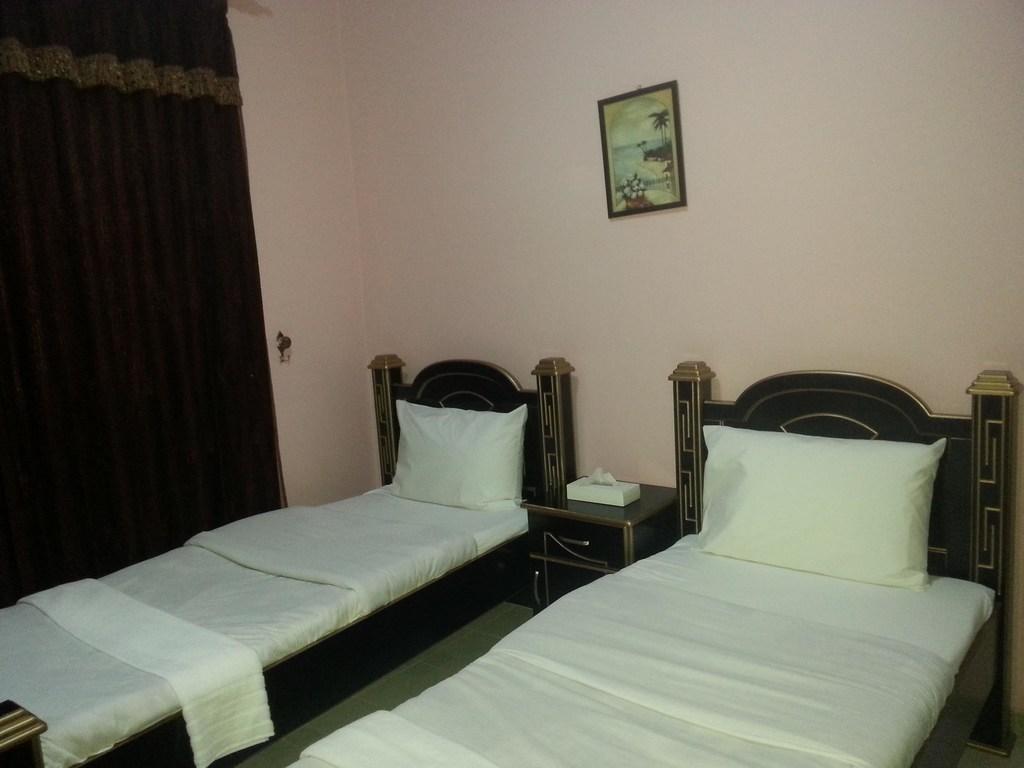 Al Rawdha Hotel Flats-6 of 28 photos