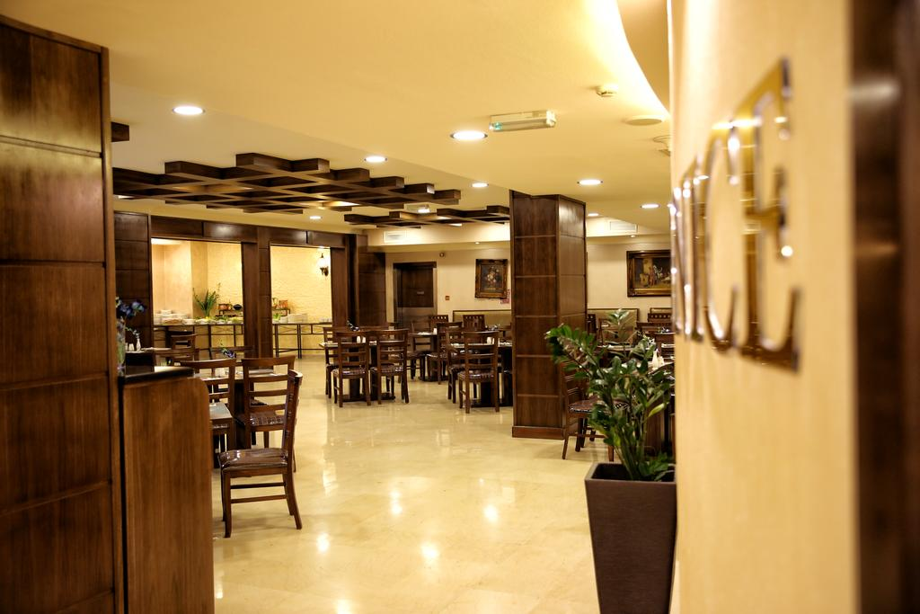 Al Fanar Palace Hotel and Suites-41 of 50 photos