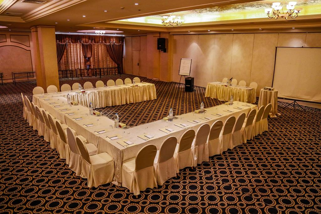 Al Fanar Palace Hotel and Suites-46 of 50 photos