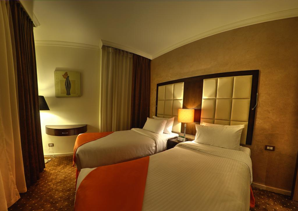 Meneur Hotel-12 of 46 photos