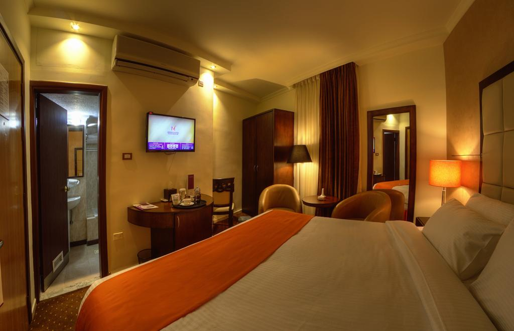 Meneur Hotel-6 of 46 photos