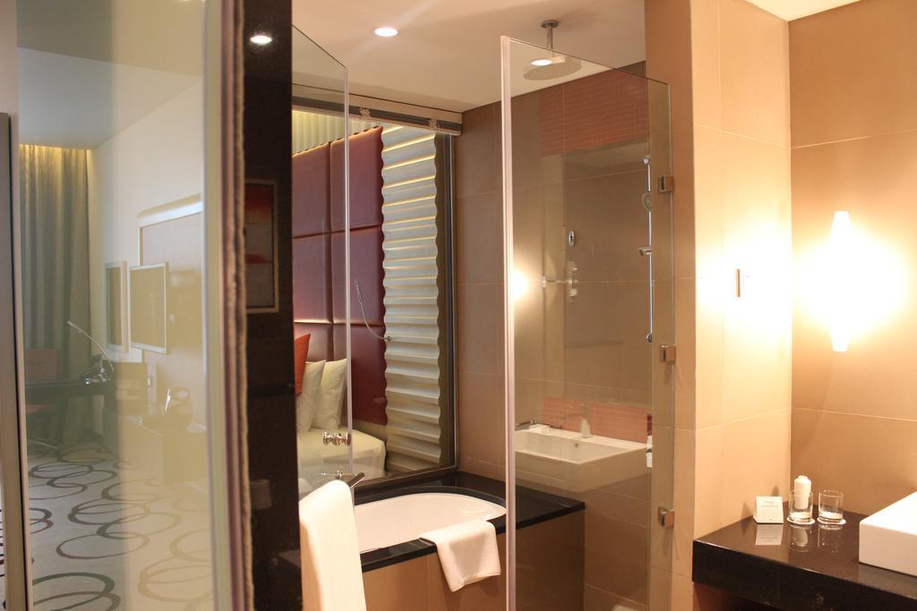 فندق ومركز مؤتمرات كراون بلازا الرياض آر دي سي-21 من 45 الصور