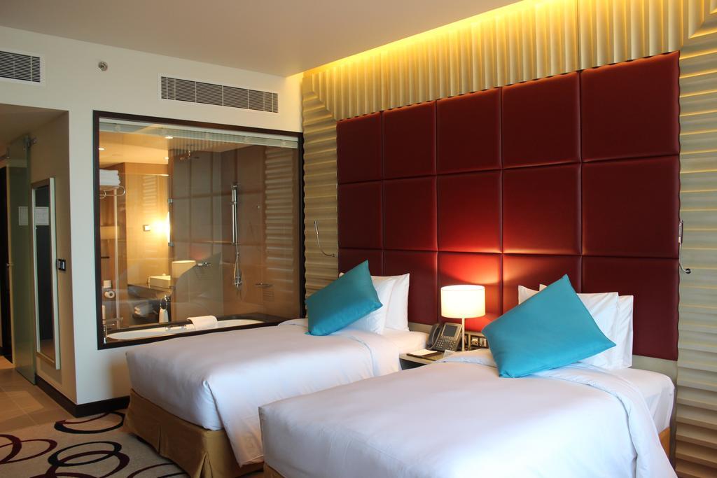 فندق ومركز مؤتمرات كراون بلازا الرياض آر دي سي-26 من 45 الصور