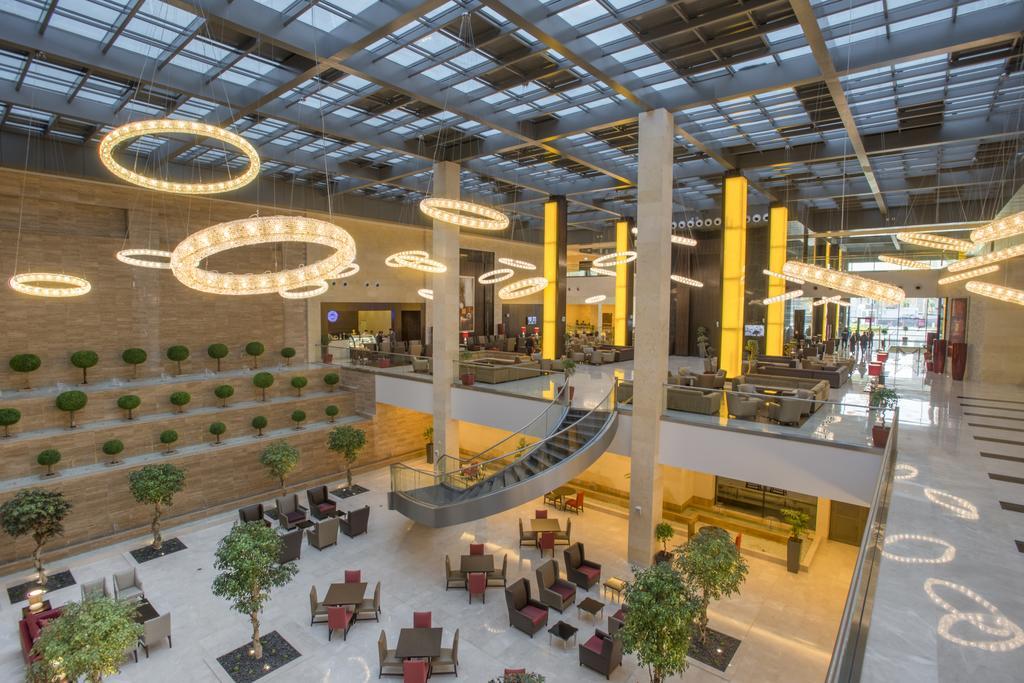 فندق ومركز مؤتمرات كراون بلازا الرياض آر دي سي-29 من 45 الصور
