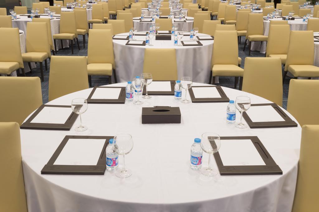 فندق ومركز مؤتمرات كراون بلازا الرياض آر دي سي-37 من 45 الصور