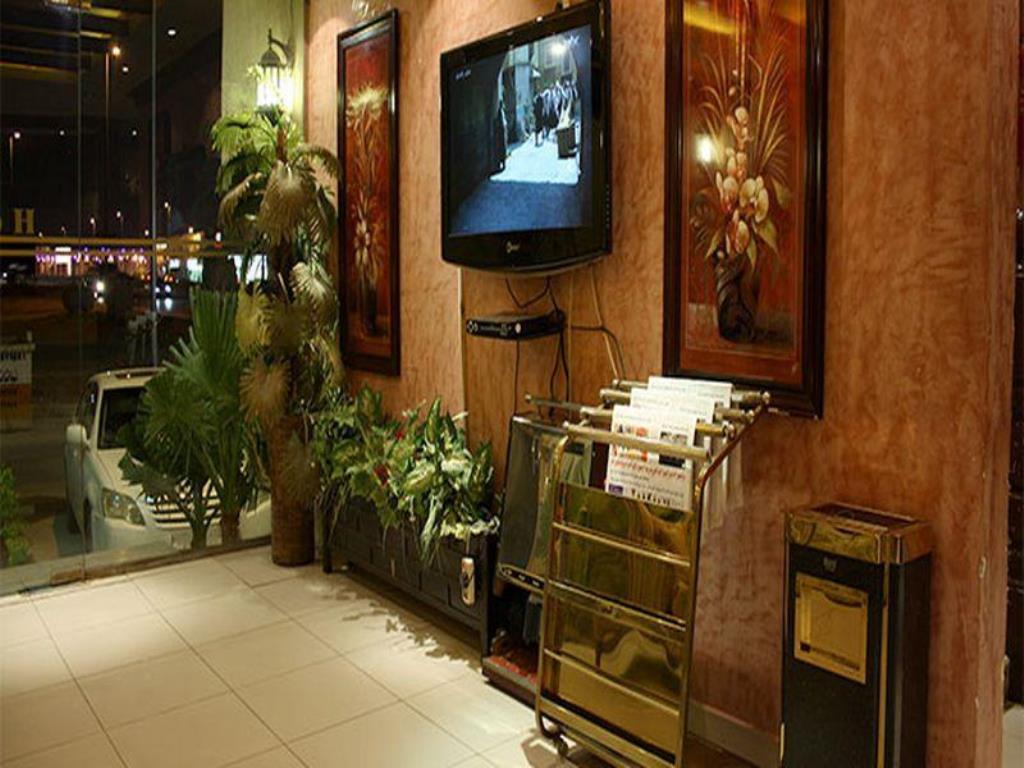 Nawara Riyadh Gallery-18 من 23 الصور