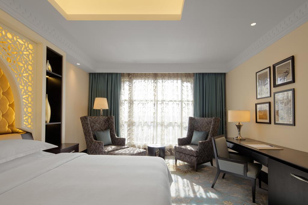 Sheraton Sharjah Beach Resort And Spa-10 of 43 photos