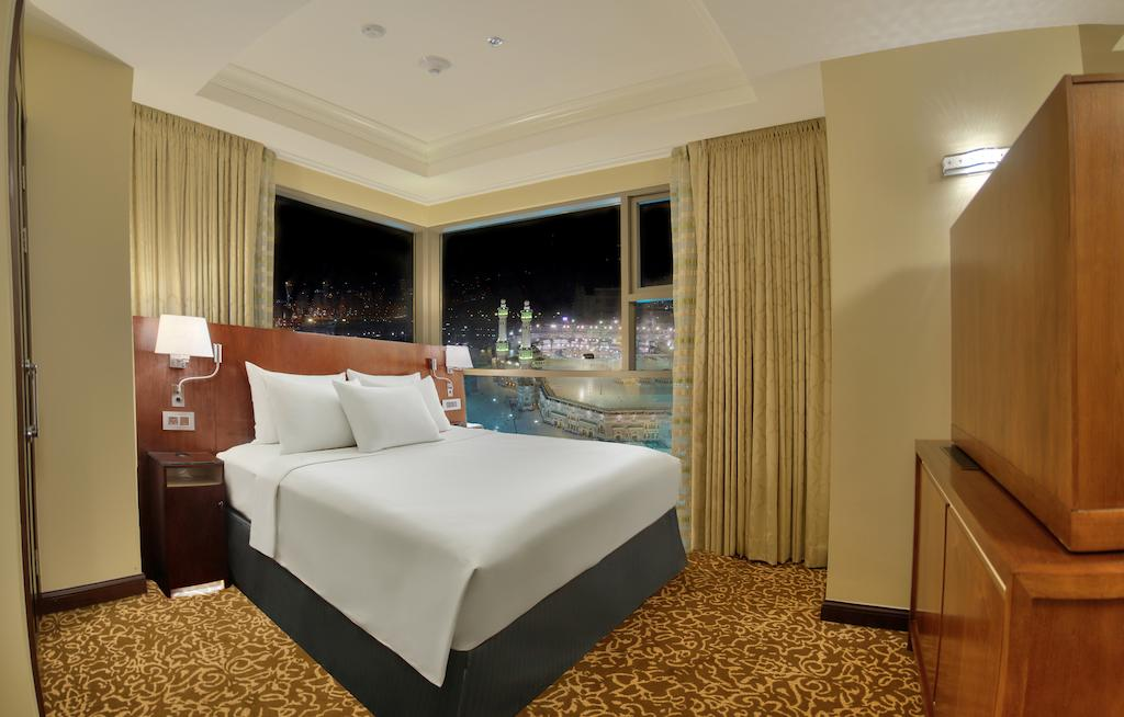 Hilton Suites Makkah-2 of 41 photos